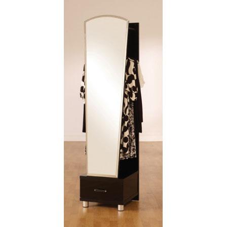 Art Deco Furnishings, Back In Vogue