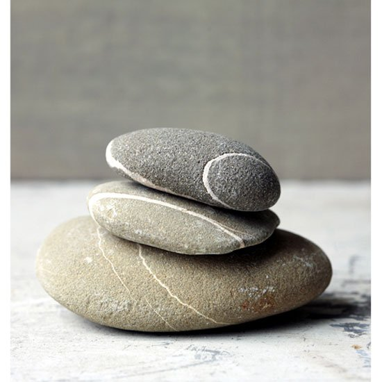 000311 Pebbles 1 - How to Decorate An Art Studio