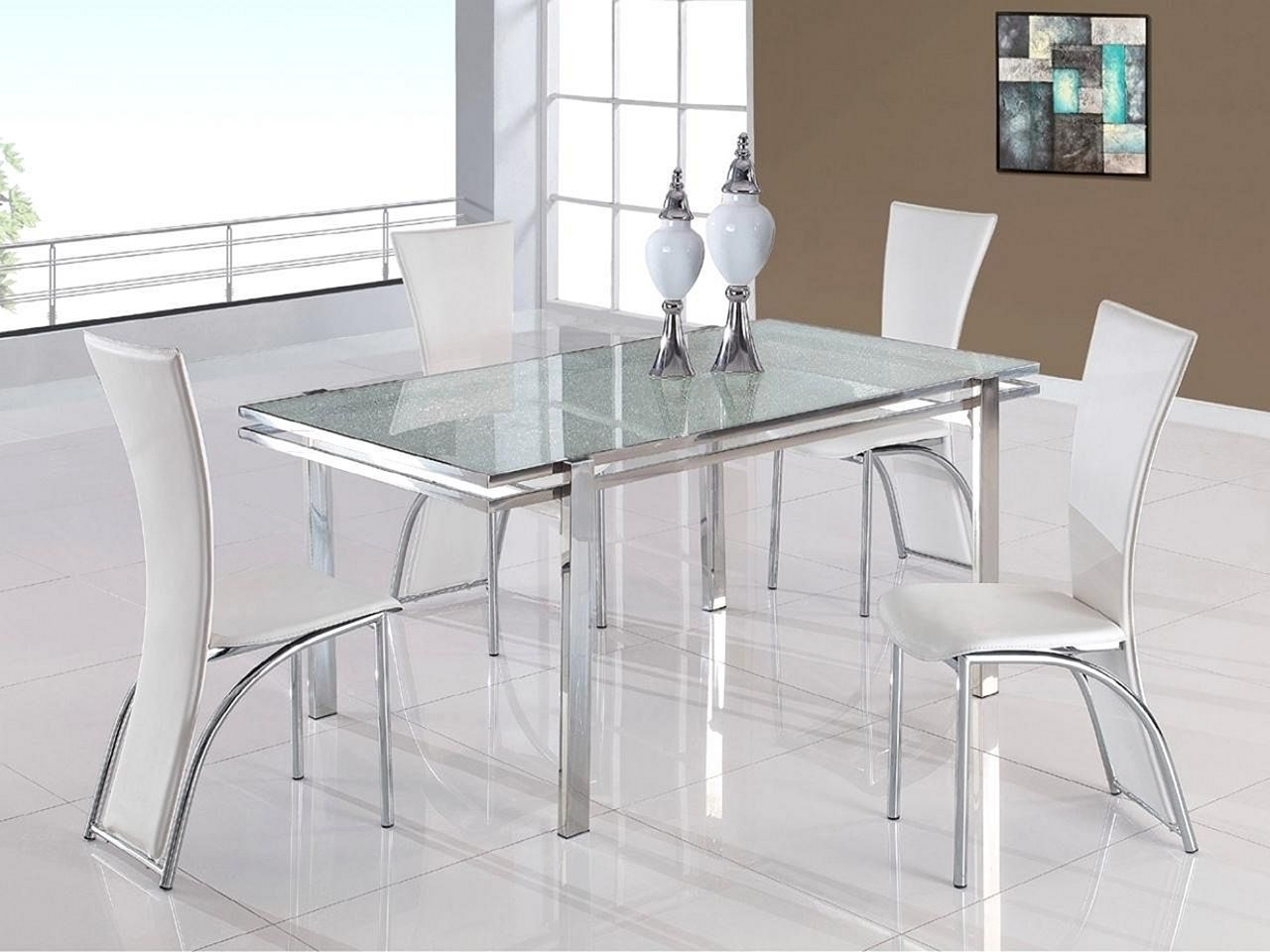 Tips For Choosing the Most Appropriate Dining Table and Dining Chairs