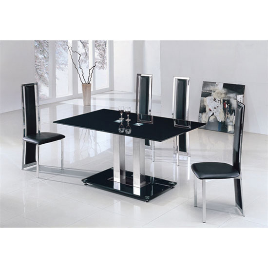 Choose A Dining Table For Your Small Space
