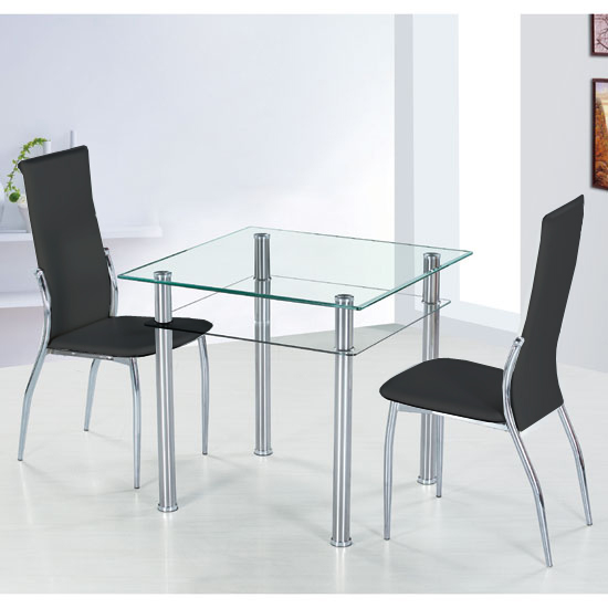 Choosing The Right Dining Table for Your Homeowners