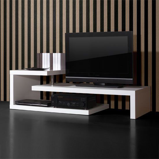 white high gloss furniture 0397 84 2 - How To Beautify your Living Room Using Plasma TV Stands
