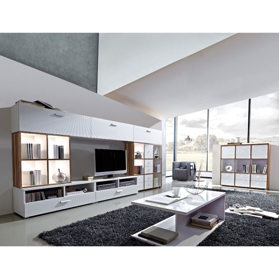 How to make your dark Living Room into a Lighten one?