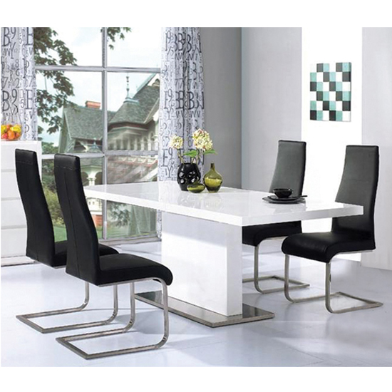 Choosing the Right Color for High Gloss Dining Room Furniture