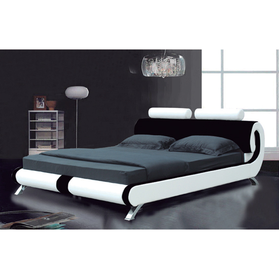 Make Your Bedroom Contemporary with White Furniture Decorating Ideas
