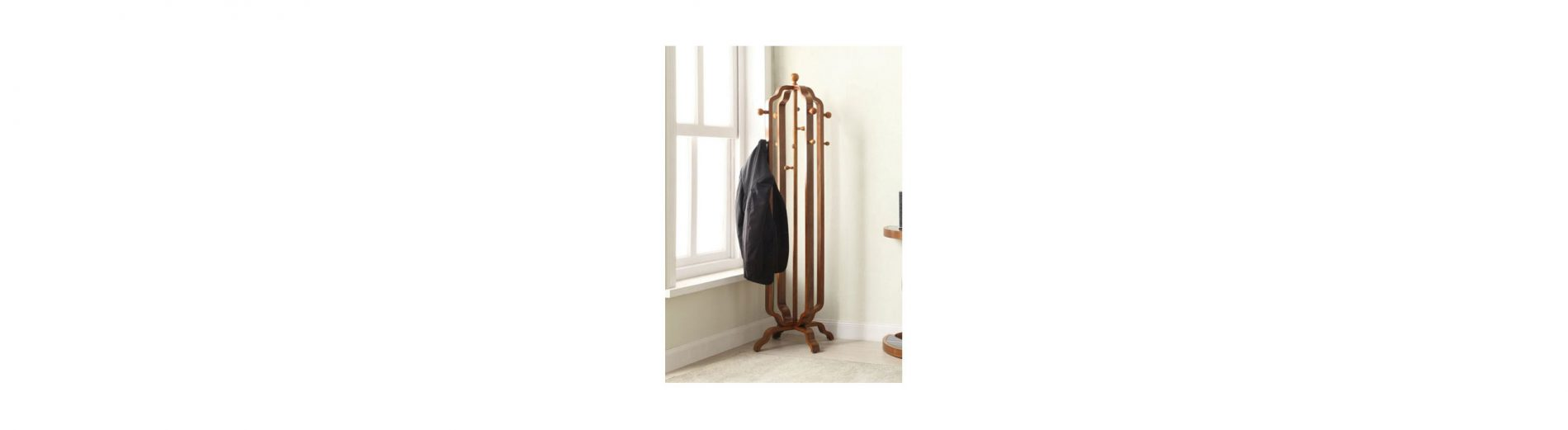 Benefits of Rotating Coat Stand