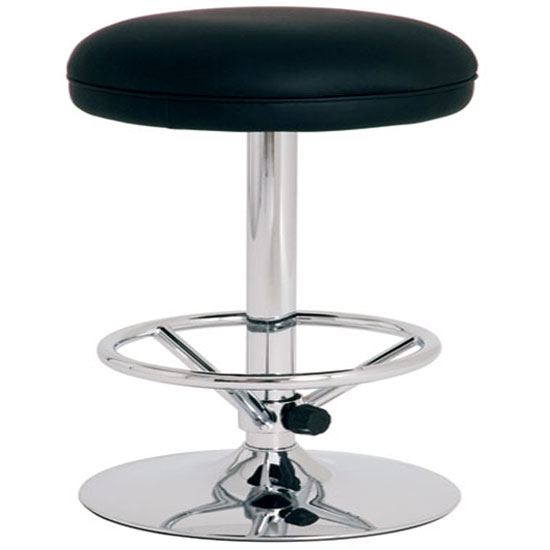 How To Choose Bar Stools For Large People