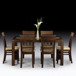 Choosing solid wood dining furniture