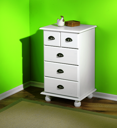 ulla 1 - Why choose furniture stores that deliver and assemble?
