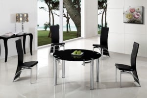 Add functionality in your small dining room with extendable circular dining table