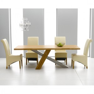 Make a style statement with an extendable oak dining table