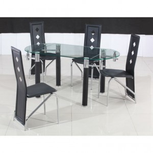Make the best use of vertical space by using an oval extendable dining table