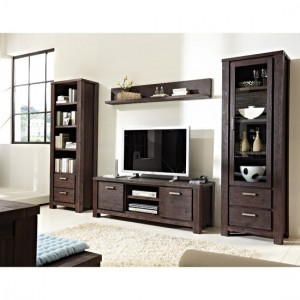 Benefits of having living room furniture with wood trim