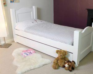 Nutkin bed ccp11b 300x241 - 3 tips to buy children bedroom sets