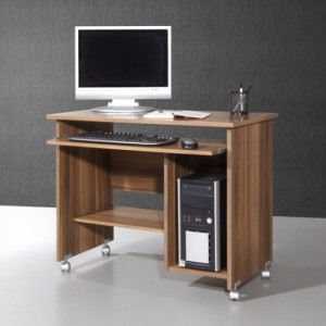 What features should there be in wooden computer desks for home?