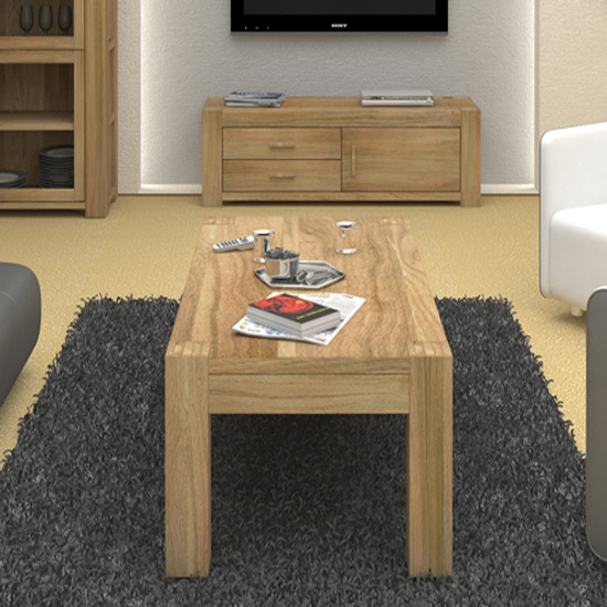 CMR08B 1 - 4 Advantages Of Extra Large Coffee Tables With Storage