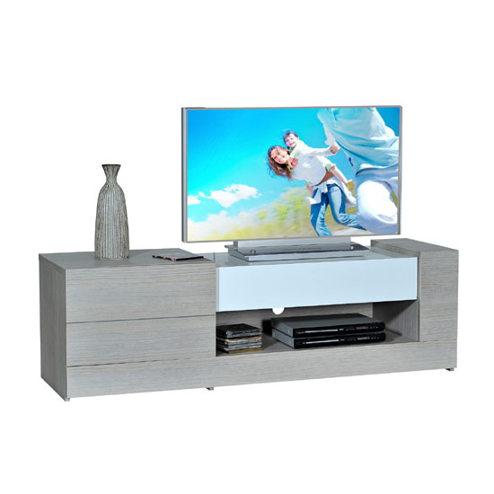 Tips On Choosing Quality Wooden TV Stands – Black Or Any Other Shades