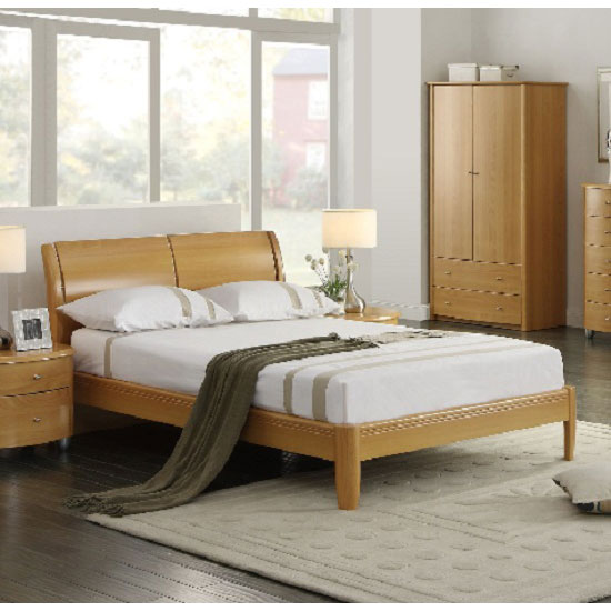 AZT DB BEE 1 1 - How To Combine Walnut Bedroom Furniture With The Latest Interior Decoration Trends