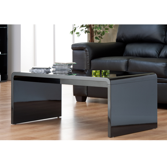 How Big Should Your Coffee Table Be: 5 Aspects To Consider