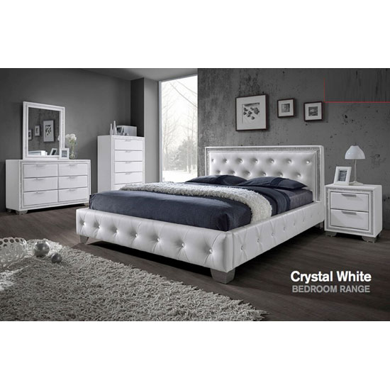 Crystal white bedroomset - How To Combine Walnut Bedroom Furniture With The Latest Interior Decoration Trends