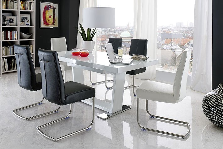 How To Choose Stylish Chairs For An Extendable Dining Table In White Gloss