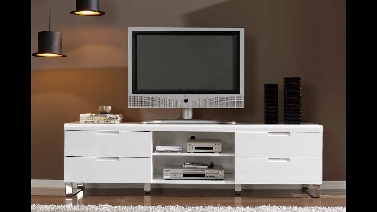 How To Stylishly Highlight Modern Flat Panel TV Stand
