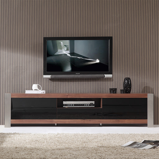 How To Find Quality Contemporary TV Stands For Flat Screens That Match Your Room