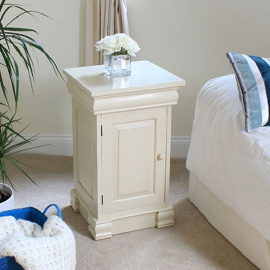 Decoration Advice On Furnishing A Room With Slimline Bedside Cabinets