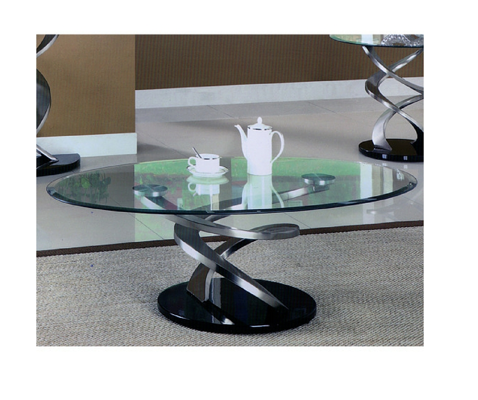 Giving The Room An Ultra Modern Look: Brushed Metal Coffee Table As A Contrasting Means