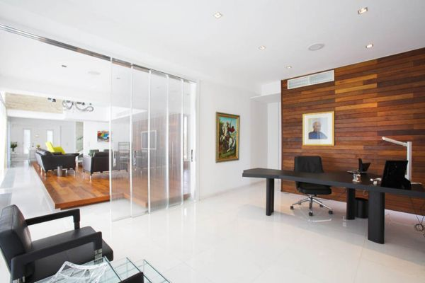 8 Creating A Minimalist Office Tips And Ideas