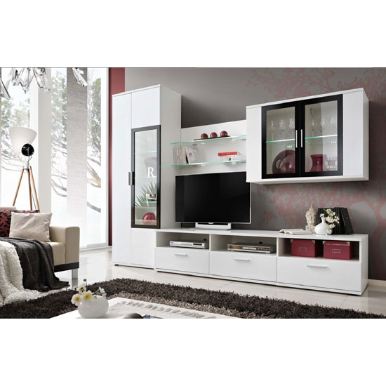 6 Reasons To Buy Living Room Furniture Sets