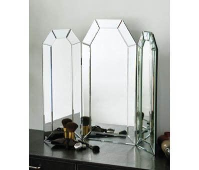 Mirrors That Add Sparkle To Your Rooms