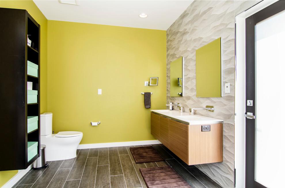 Decorating A Yellow Bathroom