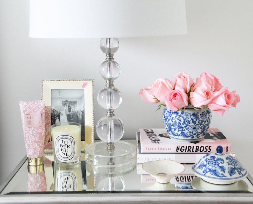 7 Styling Your Bedside Table Design Ideas For A Memorable Interior