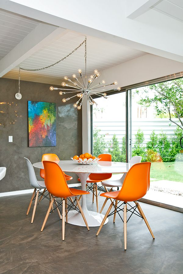 4 Reasons To Choose Acrylic Dining Chairs For Your Home
