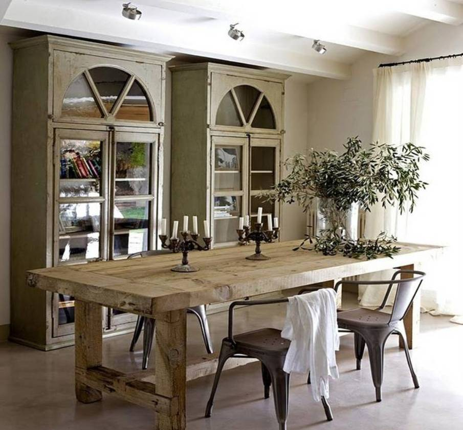 Going Rustic With Farmhouse Dining Table: How To Make It Work
