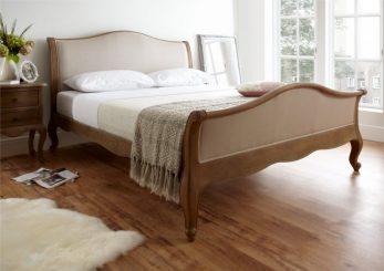 Oak Bedroom Furniture: Rustic Décor Ideas