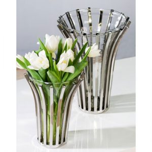 133078 300x300 1 - 5 Different Types of Flower Vases You Can Place in the Living Room