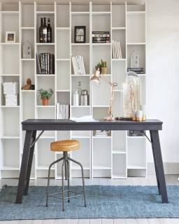 Useful Tips to Help you Buy a Perfect Computer Desk