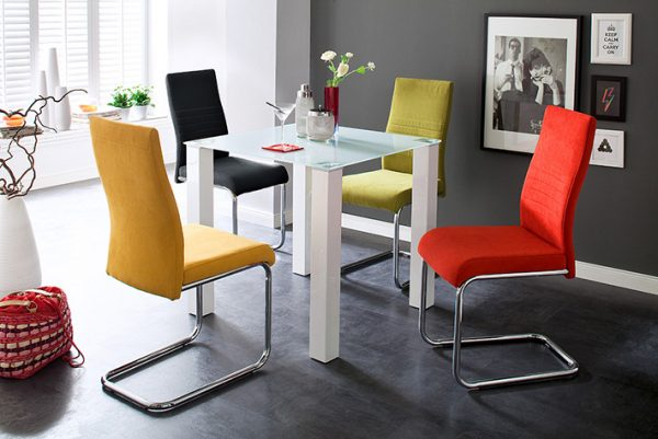 Colorful Dining Chairs to Brighten your Dining Space