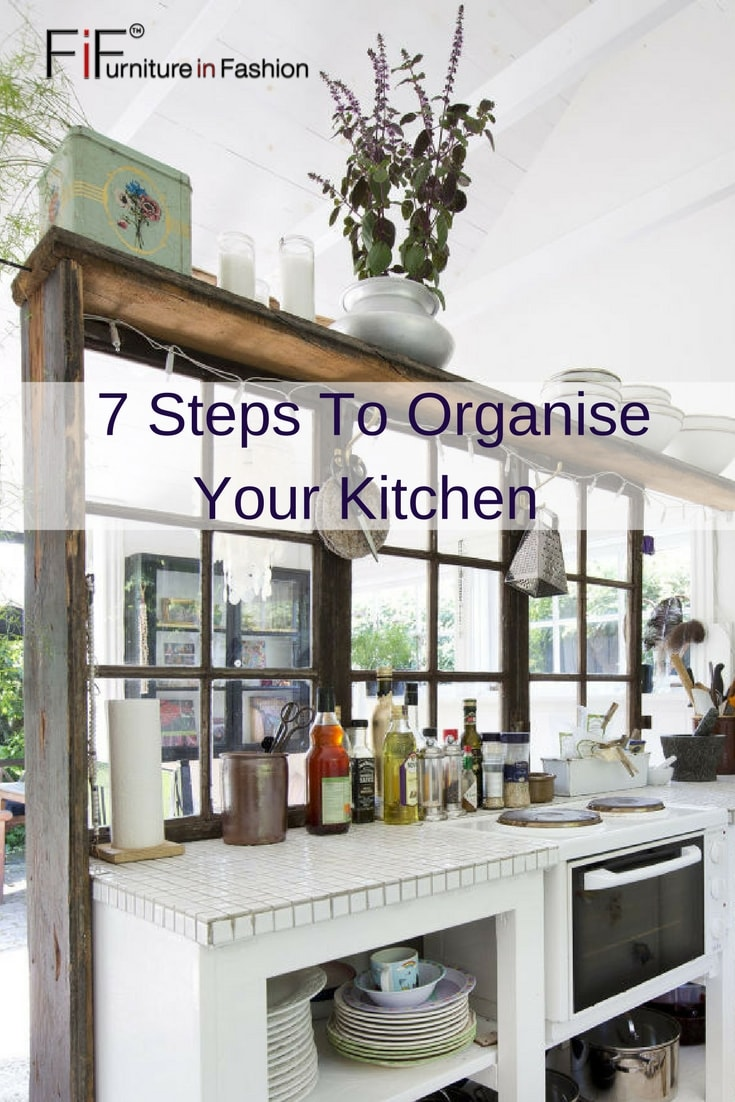 1 min 1 - Seven Easy Ways to Create a Kitchen Entertaining Space