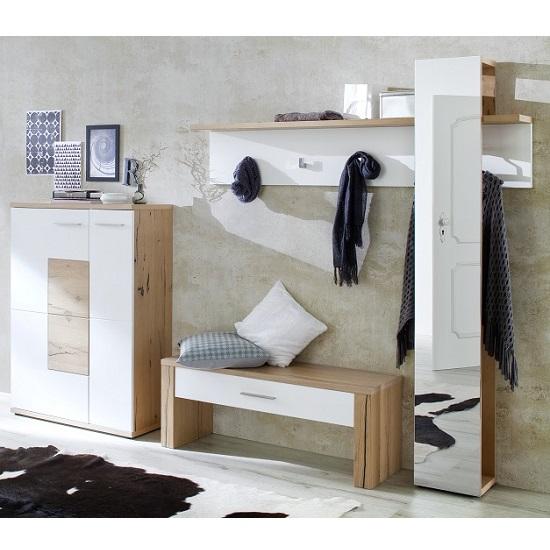viola_wooden_hallway_set