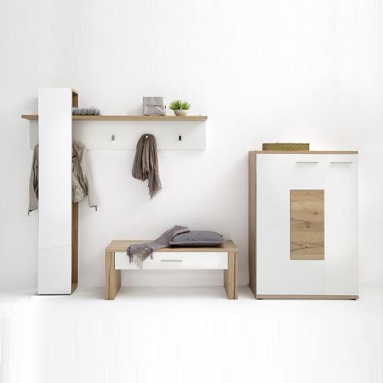 viola_wooden_hallway_set2