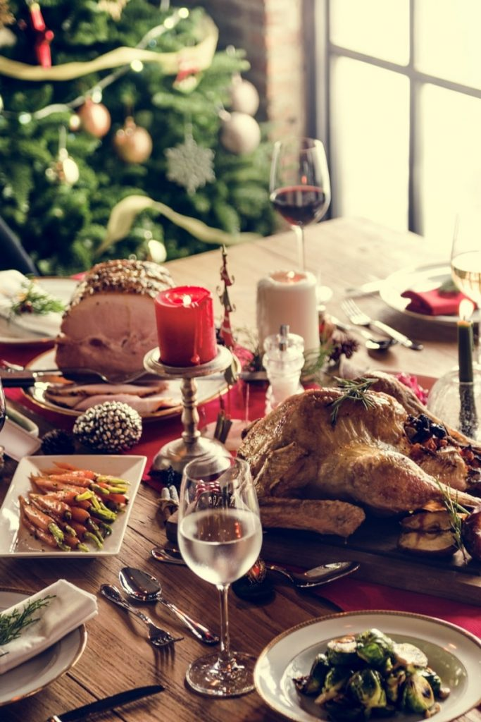 2 min 683x1024 - Make your dining room the best for this christmas 2017