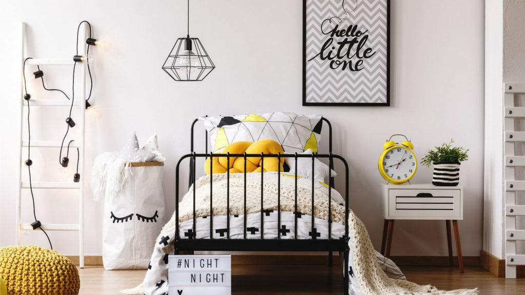 10 things every bedroom should have!
