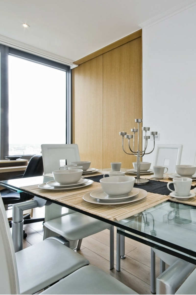 blog december 17 6 - Have Perfect Parties With a Glass Dining Table That Expands