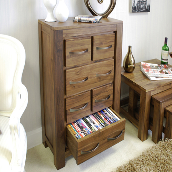 Tips On Choosing Best DVD Storage Solution And Optimising Your Room Space