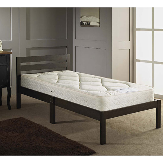 Buying Furniture For A Small Bedroom: 3 Simple Steps