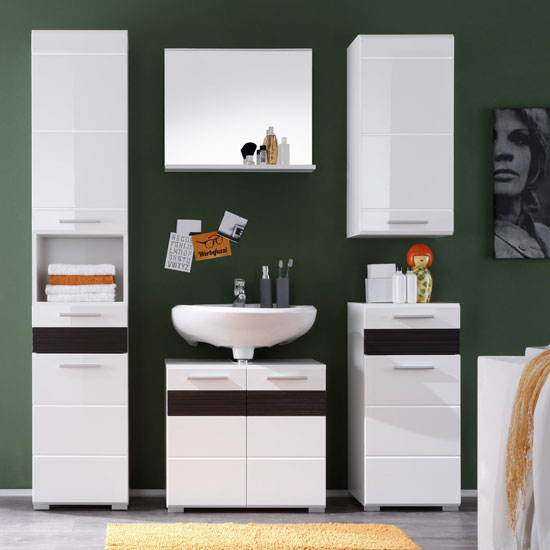 Optimizing Your Bathroom Space: Functional Storage Ideas