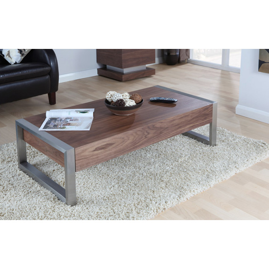 Coffee Tables For A Narrow Room: Possible Design Patterns